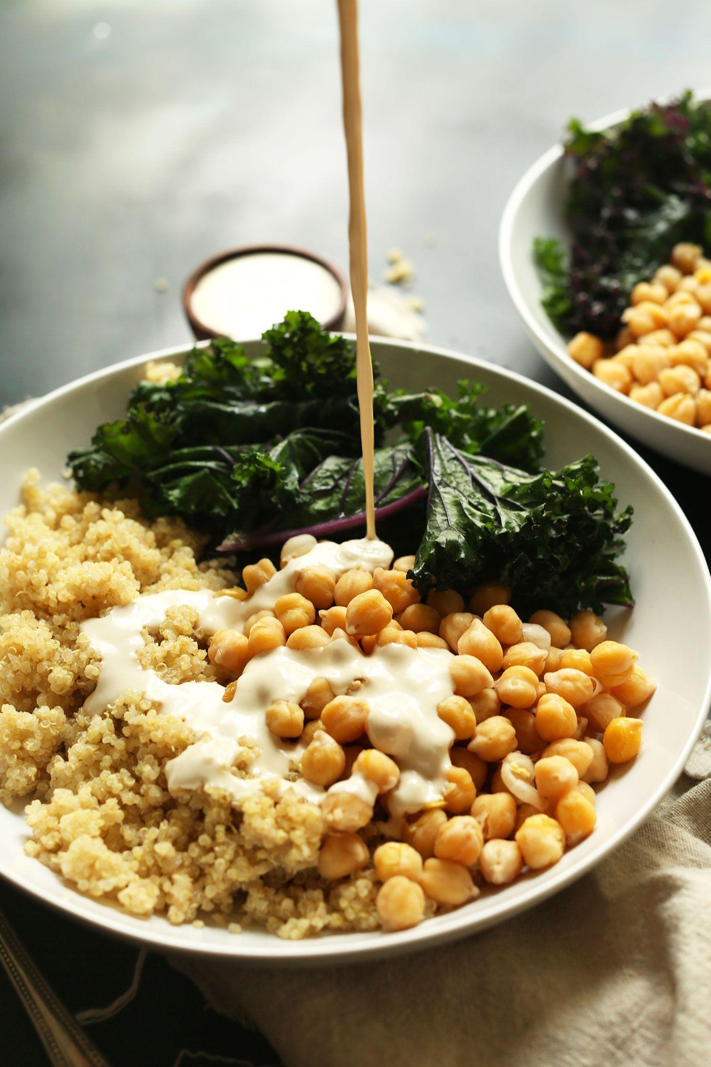 Quinoa Chickpea Buddha Bowl   Receta   Col rizada, Quinoa y Tahini