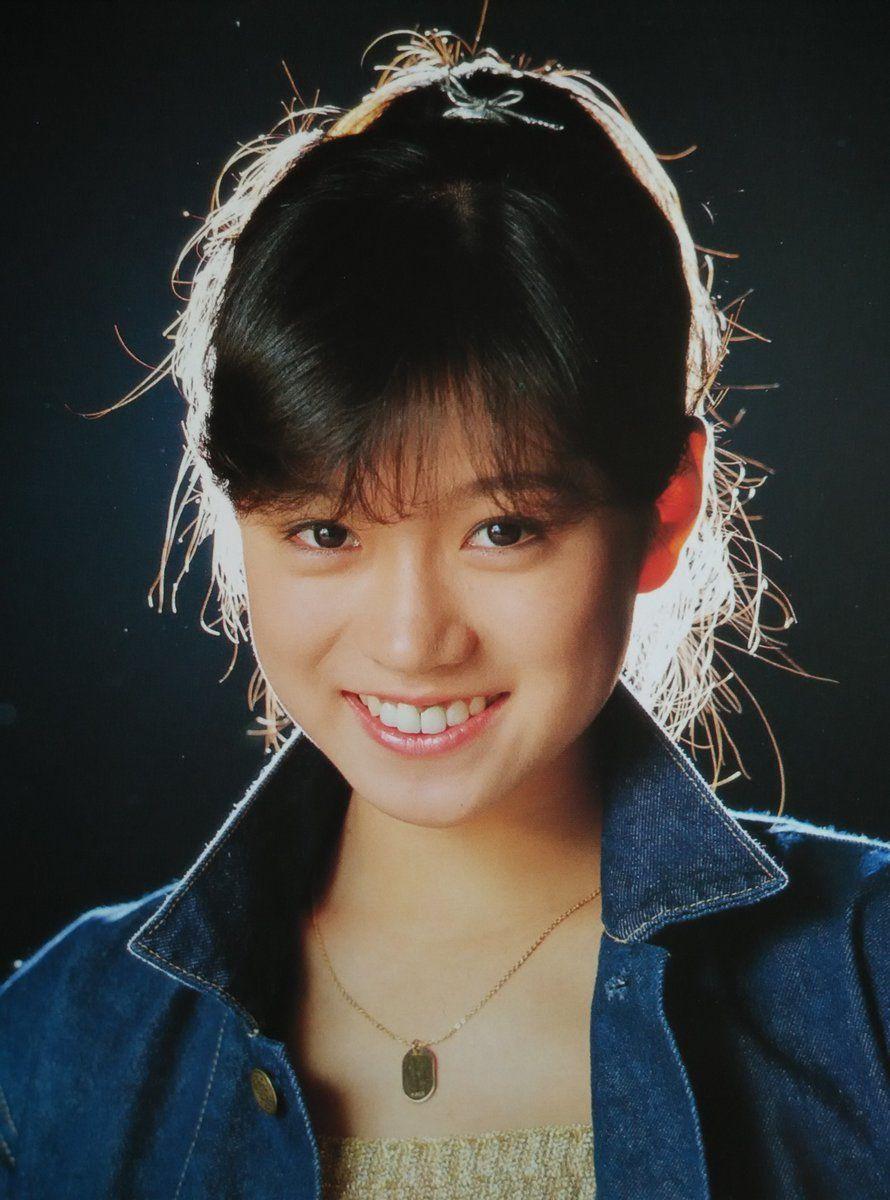 2019 年の「Akina Nakamori (singer) 中森明菜 8.17 | Vint