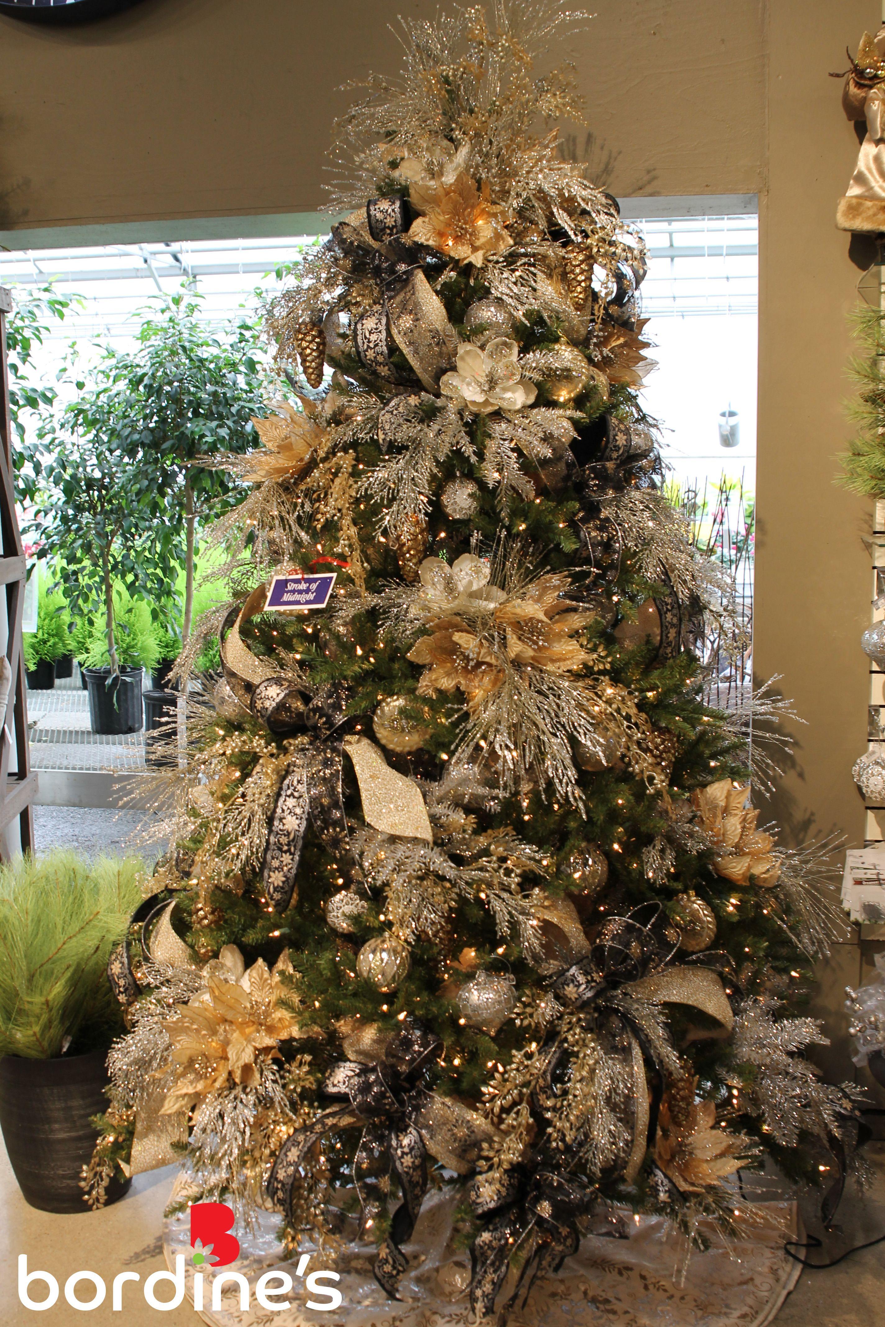 Pin De Karan Justus En Bordine S Designer Christmas Trees Decoracion Pinas Navidad Decoracion Arbol De Navidad Ideas Para Arboles De Navidad