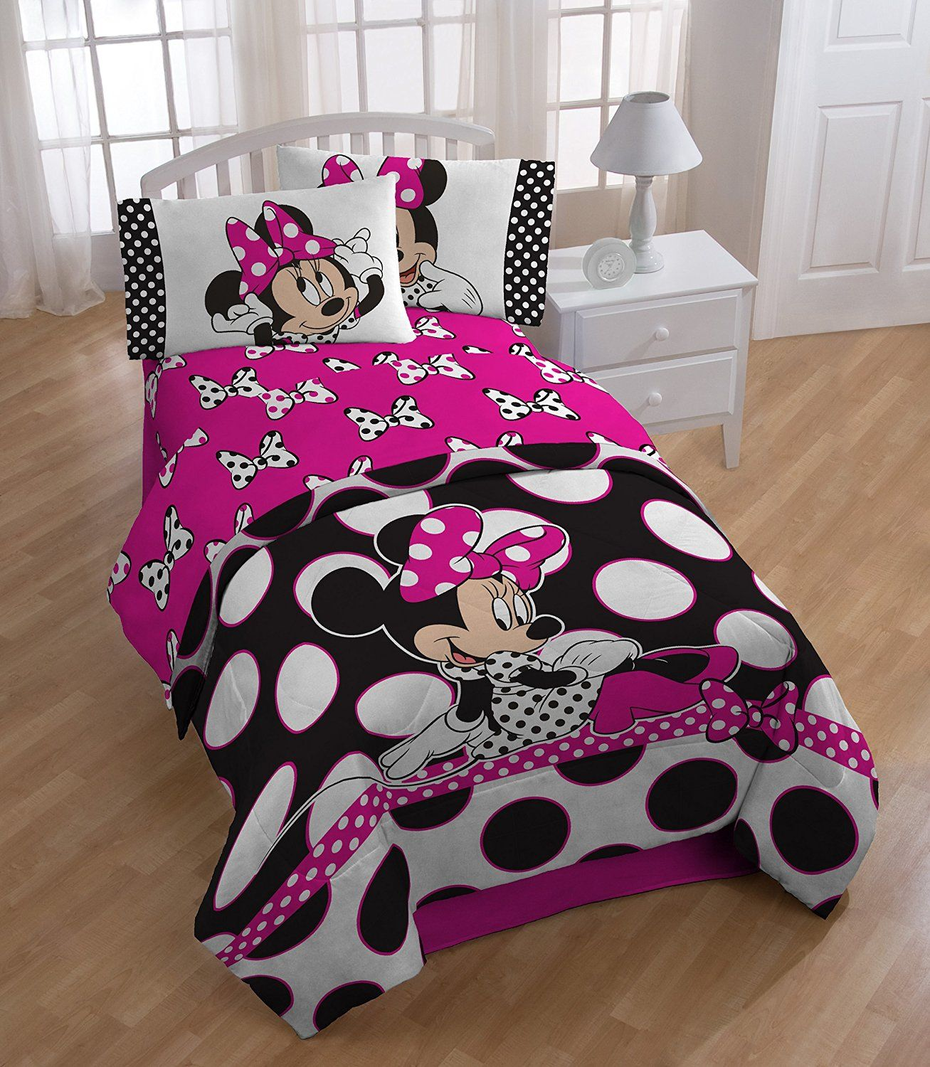 Best Rock The Dots With A Polka Dotted Minnie Mouse Bed Set 400 x 300