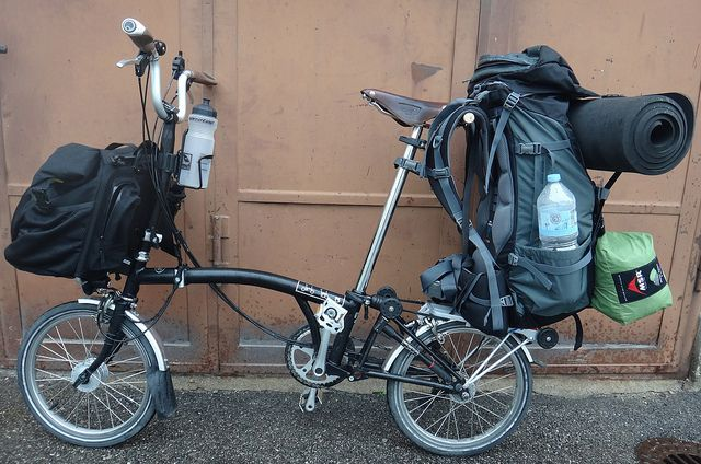 Carrying Luggage On A Folding Bike Brompton Tern Dahon