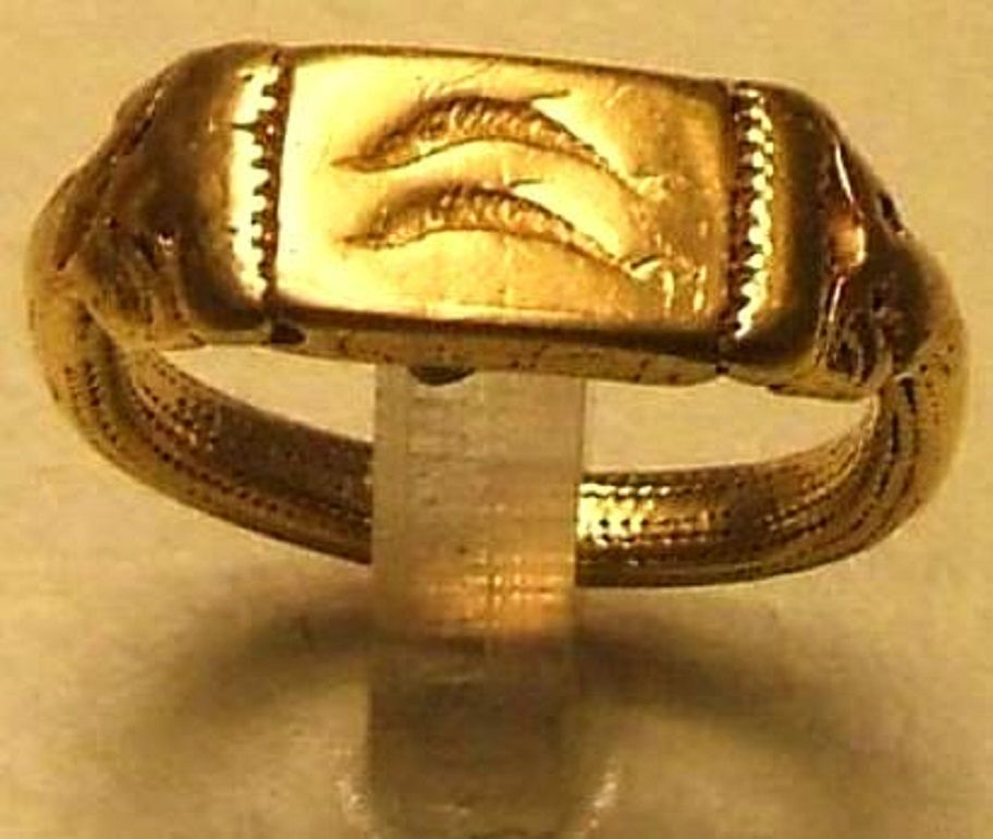 Phoenician Gold Ring With Two Dolphins One Of The Symbols Of Gadir