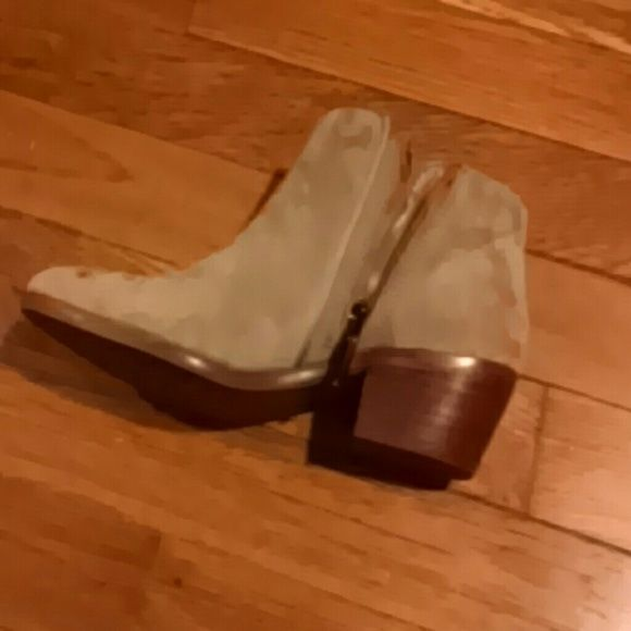 Sam Edelman Petty Boot Suede in putty color perfect condition and never worn! Sam Edelman Shoes Ankle Boots & Booties