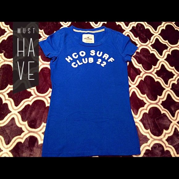 Dark blue Hollister shirt. this is a dark blue Hollister shirt. Only wore a couple times. So brand new.  it's true size is medium. Let me know what you think! Happy poshing ladies! ❤️ Hit like to get notified when price drops.  Hollister Tops Tees - Short Sleeve