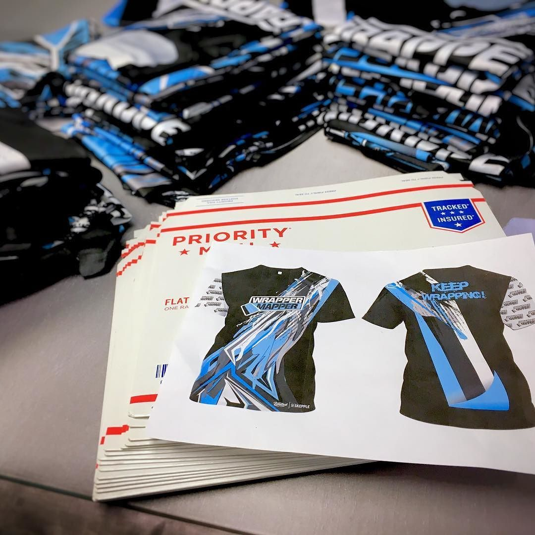 2017 Limited Edition shirts designed by @skepple shipping out and going fast!  Get yours at http://ift.tt/2AHfSOu before they are all gone.   Promoting Wrappers Around the World   Are You On The Map?   WEB: http://ift.tt/1fC1vAh FB: http://ift.tt/1D7uQxf TWITTER: http://www.twitter.com/wrappermapper  #wrappermapper #truckwrap #carwrap  #vinylwrap #sportscar #carswithoutlimits #exoticcar #mustang #chromewrap  #carporn #supercar #cars #awesome #Porsche #Ferrari #lamborghini #bmw #mercedes…