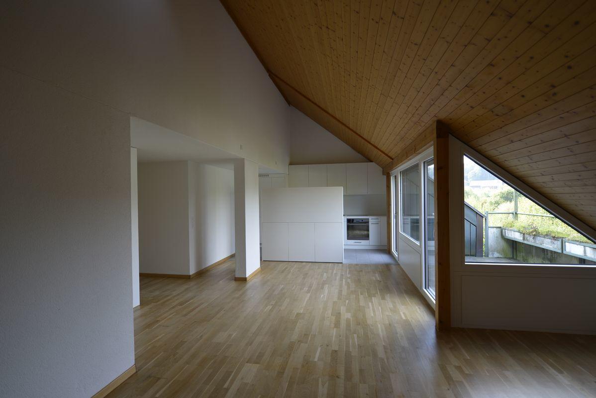 Helle Freundliche 4 5 Zi Dachwohnung An Der Hans Hassig Strasse 13