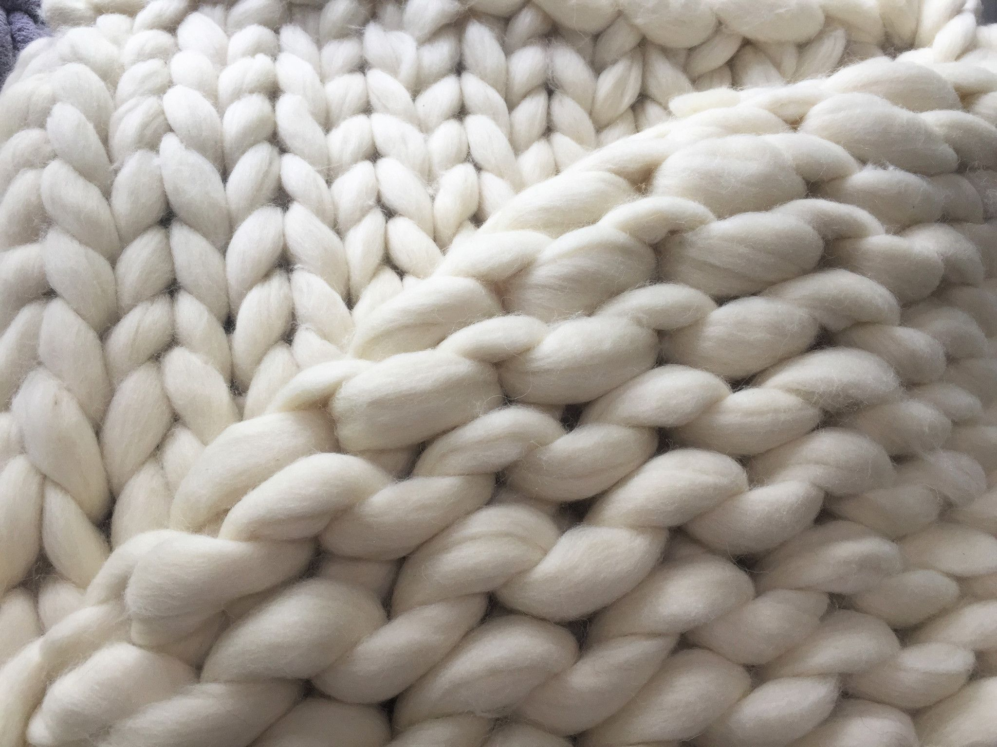 This super Chunky Knit Blanket is incredibly soft and beautiful. It is made from softest Merino wool It will be a great gift for yourself or your loved ones. Great gift for Birthday, Anniversary, Brid