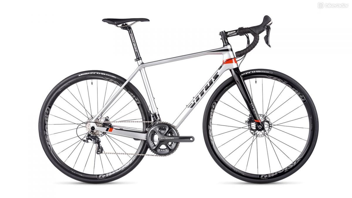 Vitus Vitesse Evo Disc Review Road Bike Road Bikes Bike