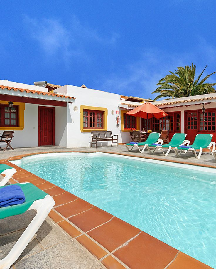 Lovely Villa In Fuerteventura With Private Pool And Jacuzzi Bath Vip Pajara Is A Fine Villa In Caleta De Fuste Villa Fuerteventura Jacuzzi Bath
