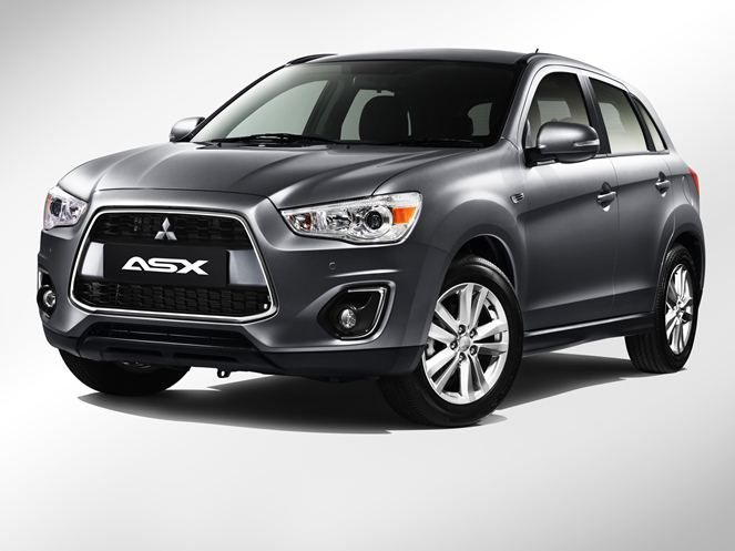 2013 Mitsubishi Asx Gets Facelift Now With Panaromic Glass Roof Priced From Rm140k Www Livelifedrive Com Malaysia News View 2603 Compact Suv Mitsubishi Suv