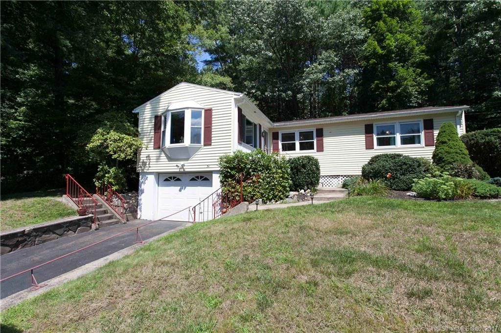 For Sale 54 Falls Brook Road Bristol Ct Absolutely Adorable Ranch Home In One Of Bristol S Most Loved Neighb Bright Living Room Ranch House Open Floor Plan