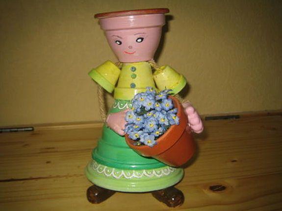 personnage avec des pots en terre cuite la petite fleuriste pot de terre cuite pinterest. Black Bedroom Furniture Sets. Home Design Ideas
