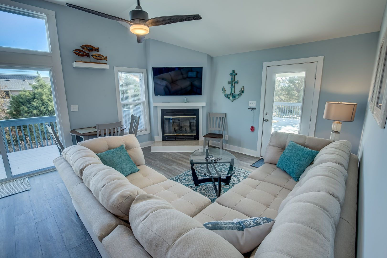 * Beach Crush * 5 bedrooms, 3 bathrooms, 525 ft from the