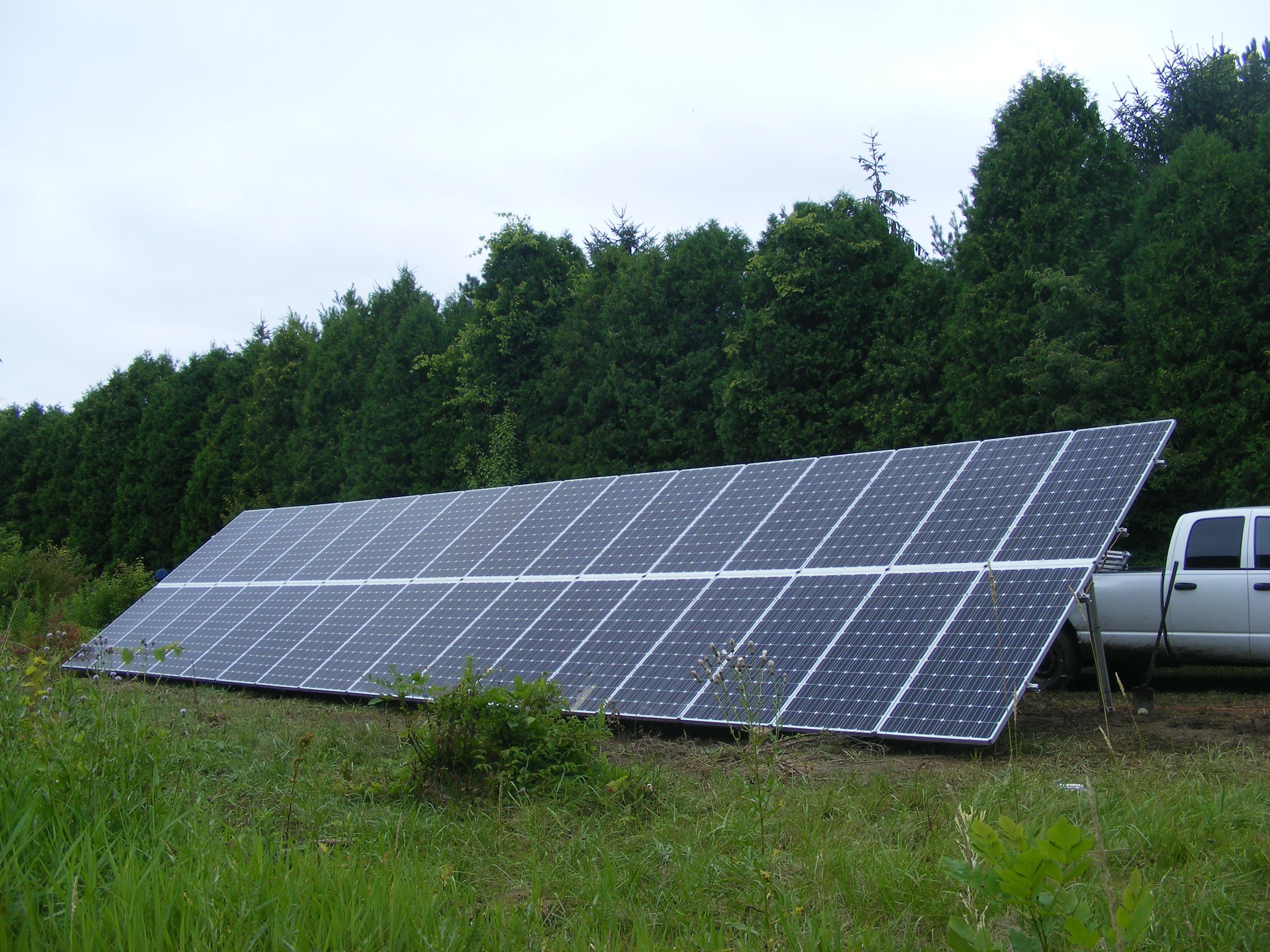 July 14 2015 10 7 Kw Ground Mounted Solar Panel System Installed In Huron Oh