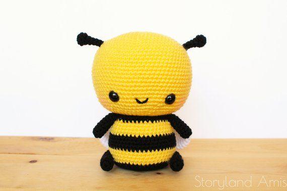 Pattern Cuddle Sized Bumble Bee Amigurumi Crocheted Honey Bee