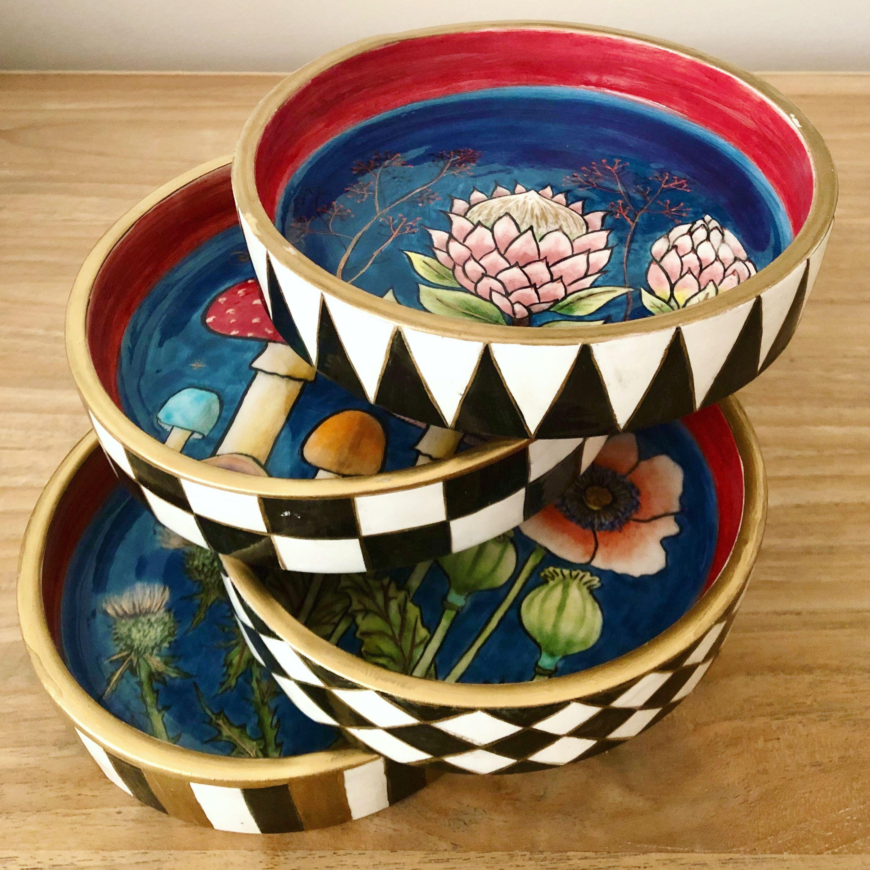 ceramic art, contemporary pottery design  #ceramicart #ceramics #pottery #çinitabak #çini #çinisanatı #potterydesign #handmade #mackenziechilds #mackenzie