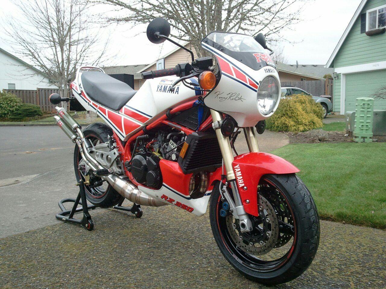 Download wallpaper 2560x1440 yamaha, bike, motorcycle