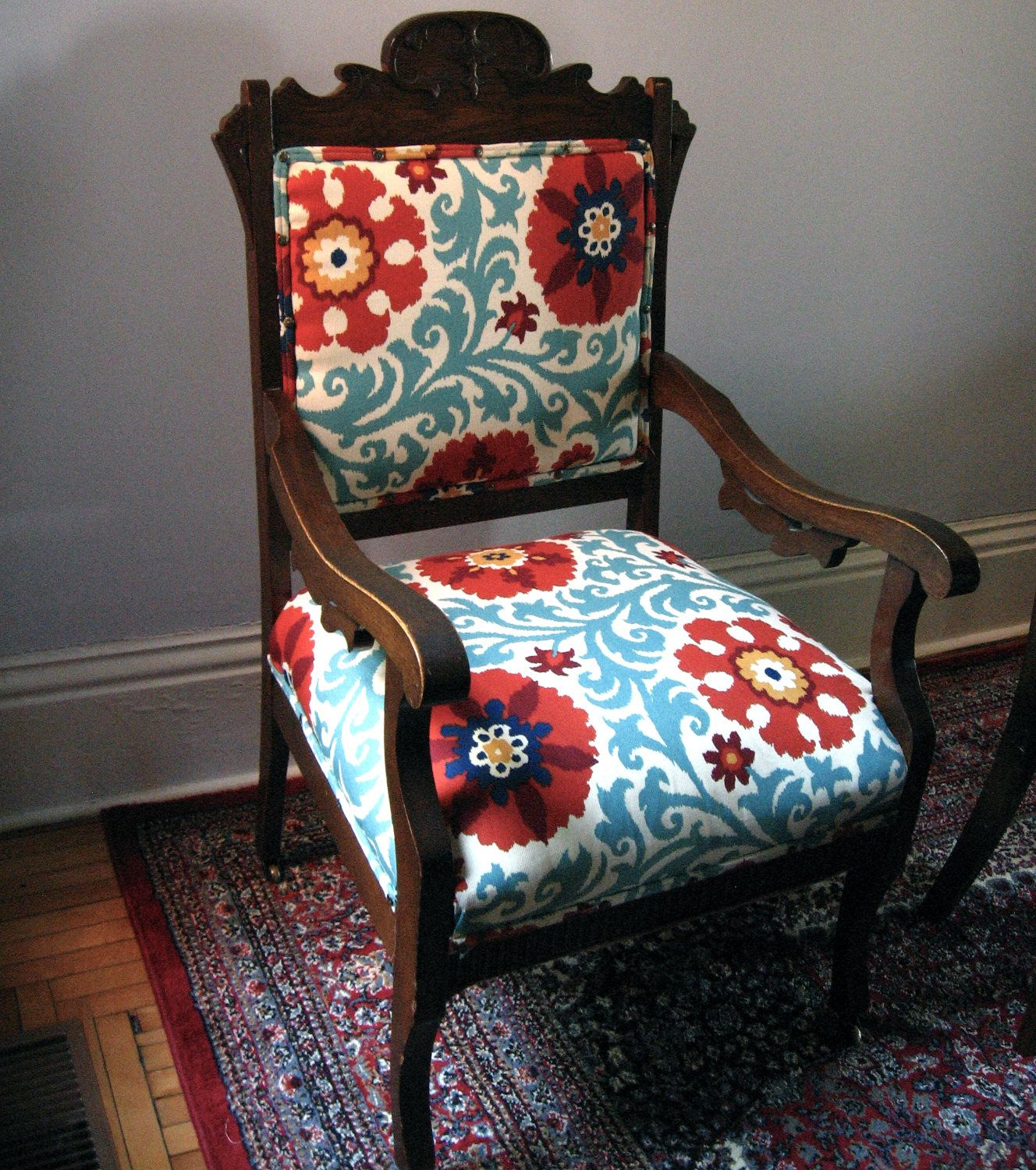 Furniture Upholstry: Antique Eastlake Oak Chair. (Change The Fabric Colours To
