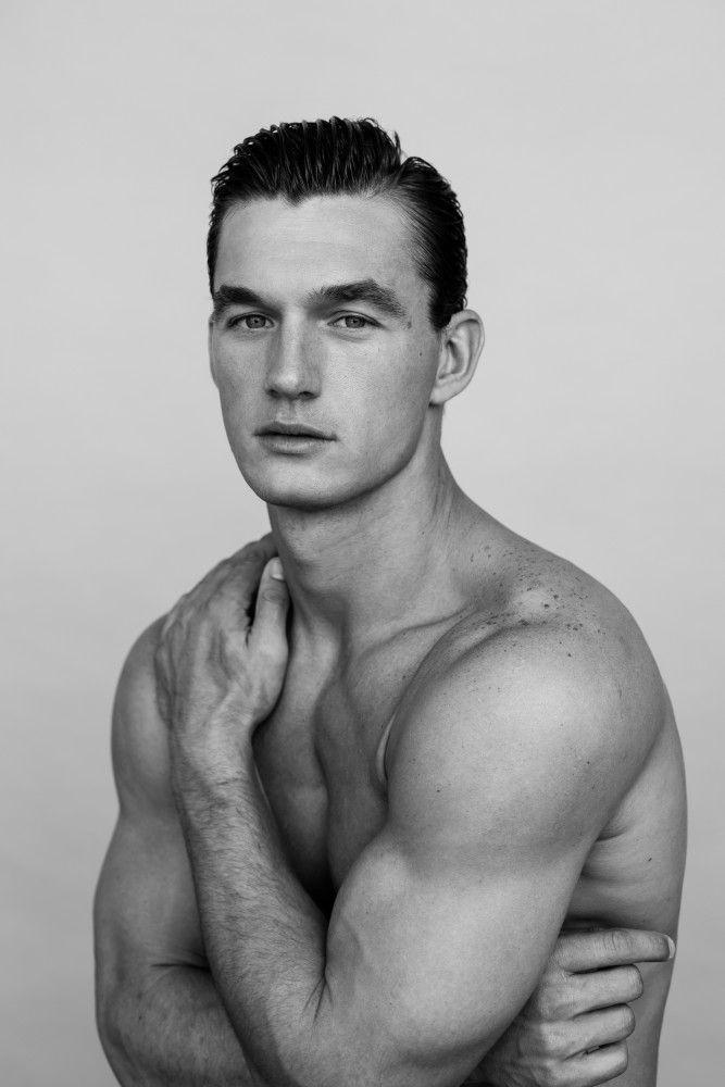 Soul Artist Management – New York Model & Talent Management Agency – TYLER CAMERON – Gentlemen/new-faces – Tyler Cameron