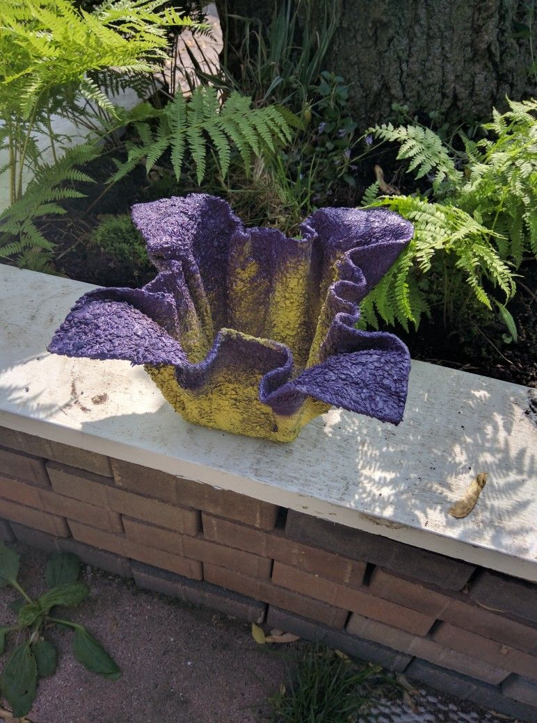 Cement cloth flower pot holder or planter maykascreation
