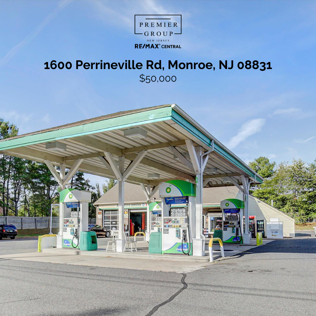 📍1600 Perrineville Rd, Monroe 💸 $50,000 Gasoline service station business is now available for sale in the heart of Monroe Township. An amazing investment opportunity that you don't want to miss. . . . #thepremiergroupnj #realestate #realtor #remax #forsale #thepremiergroup #milliondollarlisting #forsale #sellyourhome #njrealestate #buyorsell #buyinghomes #sellinghomes #homeselling #houseselling #homebuying #NewJersey #NewHome