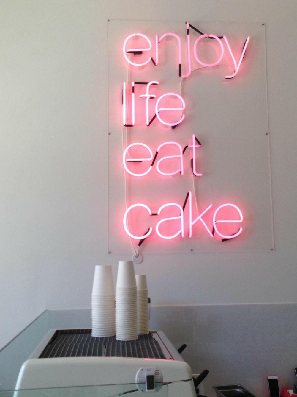 Meglio Neon O Led enjoy #life #eatcake #buythemakeup ~ neon lights add color