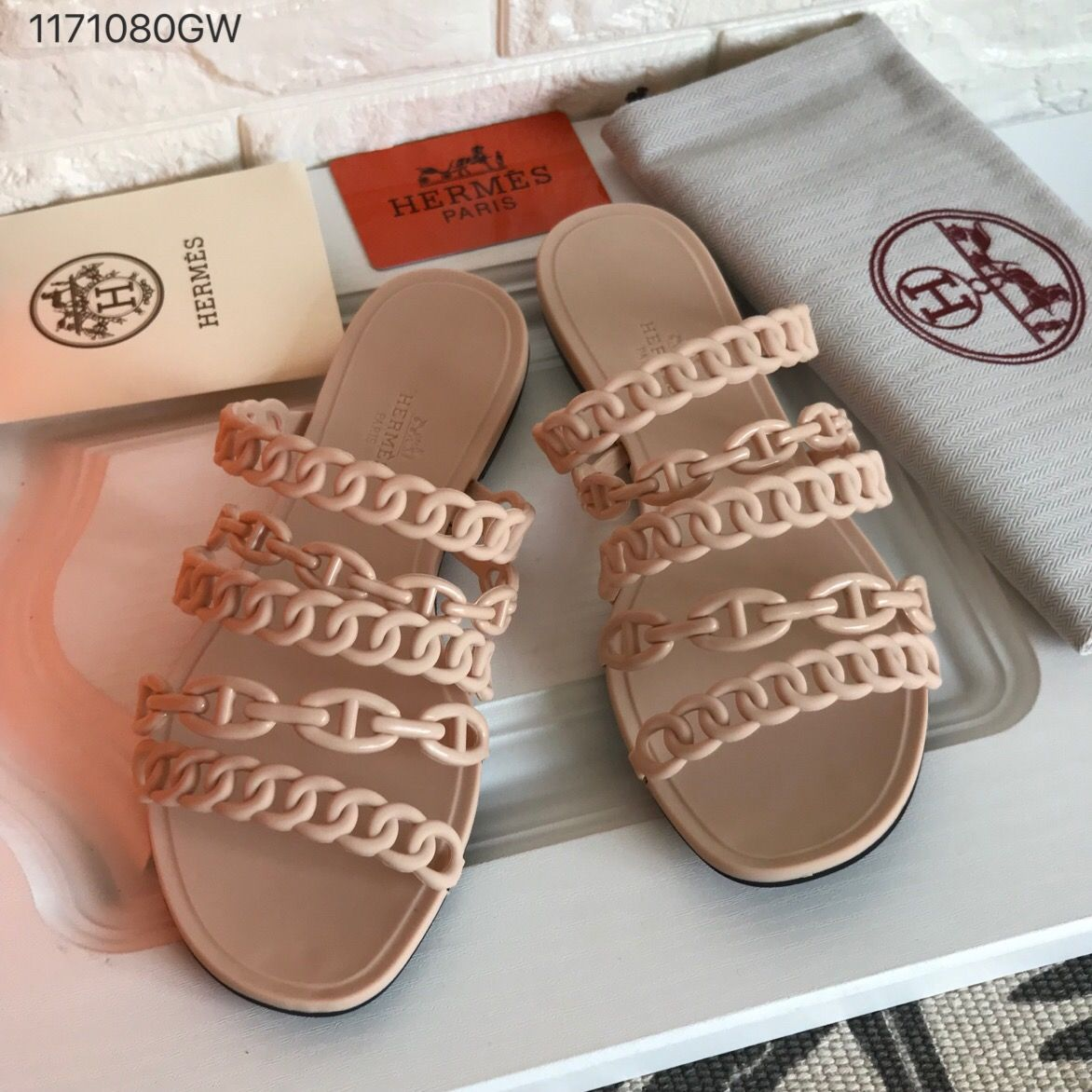 1b0902e0c37c Hermes woman shoes PVC rubber chain slippers nude