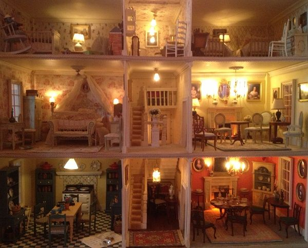 Dolls House Emporium. Customeru0027s House   Interior.