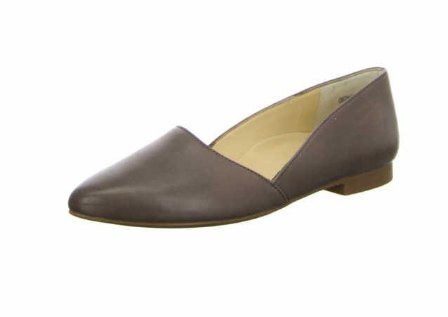 Klassische Damen Slipper von Paul Green aus einem feinen hochwertigem Glattleder in der Farbe grau. Das Außenmaterial ist pflegeleicht und so leicht mit Wasser und Pflegemitteln zu reinigen. Innen ist der Schuh mit einem cromfrei gegerbtem Leder ausgestattet. Der Schuh hat eine normale Weite . Der Absatz hat eine Höhe von cirka 1 cm. Die weiche PU-Sohle schont die Gelenke und federt jeden Ihrer Tritte optimal ab. Die elegante Sohle des Schuhs verleiht eine zeitlose Optik und man kann den…