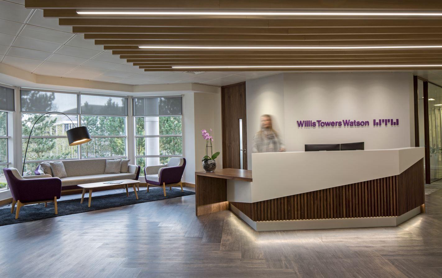Willis Towers Watson Welwyn Garden City Copyright Workplace Creations Ltd Wpclondon Reception Desk Oak Slats Arriv Space Design Design Office Design