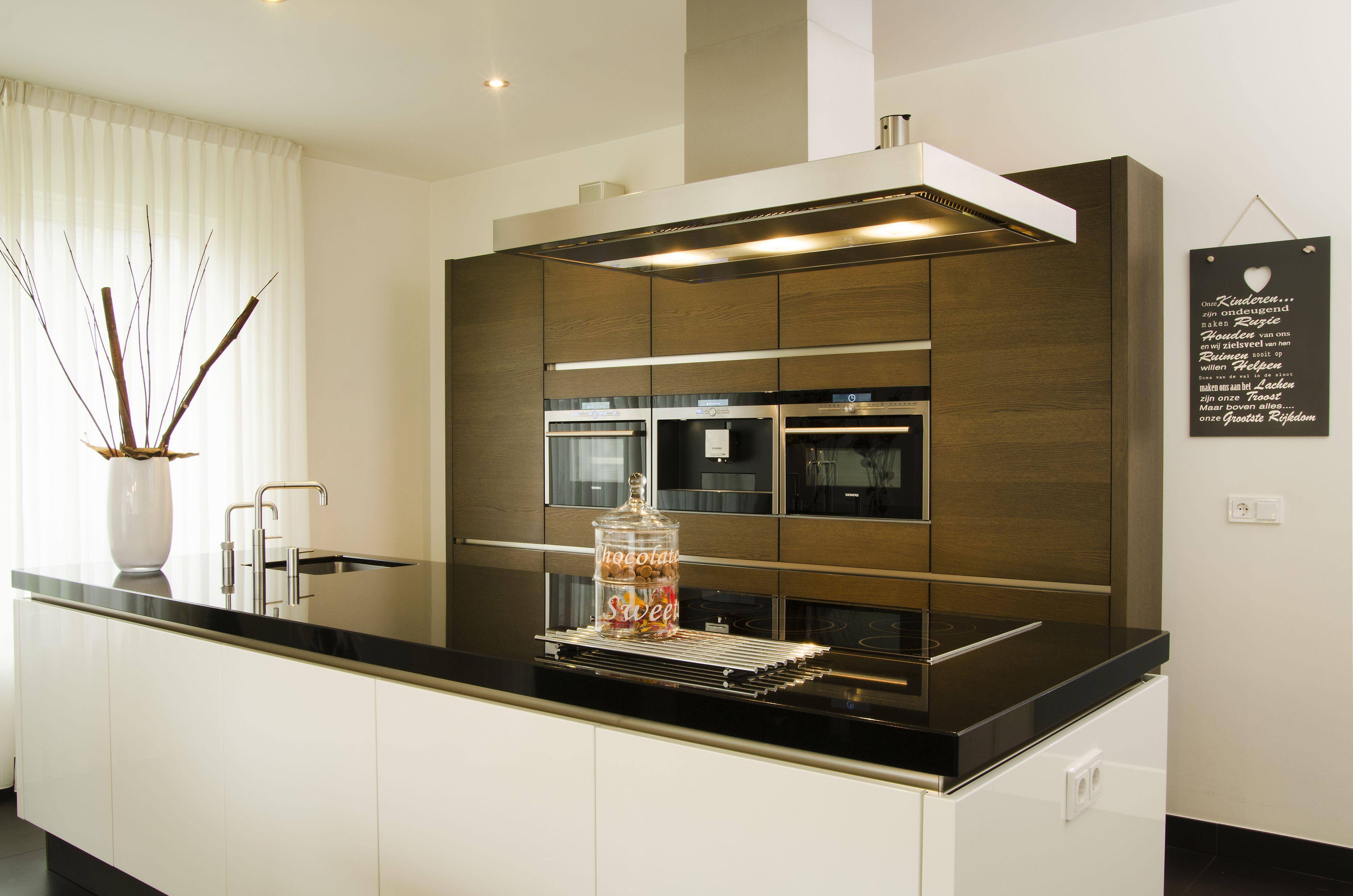 Hoogglans Witte Kookeiland : Kookeiland wit hoogglans free inspiratie huizen aangenaam bureau