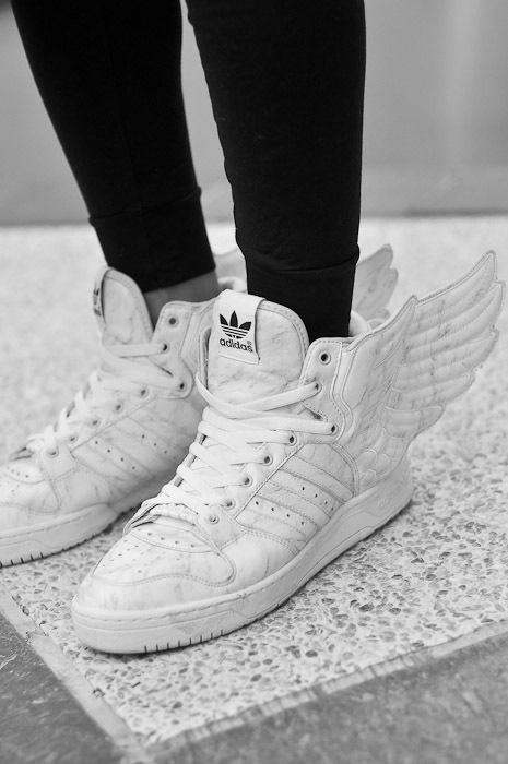wholesale dealer a40a5 42bb2 swing top and adidas superstars rose gold - click through to shop- Sunsets  and Stilettos Que es elliee .... . . When your spying on a girl you like  but she ...