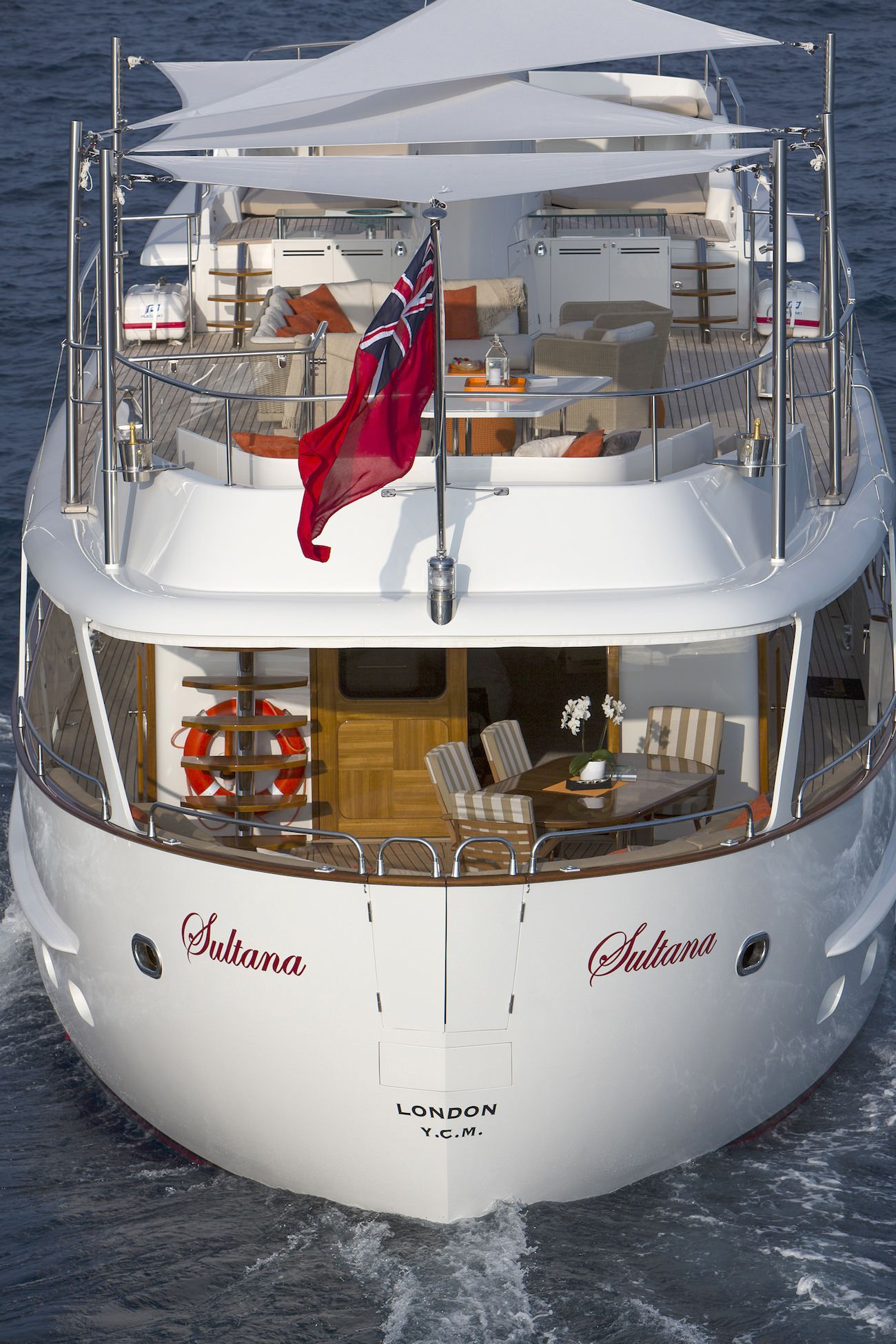 sultana 26m yacht pinterest. Black Bedroom Furniture Sets. Home Design Ideas