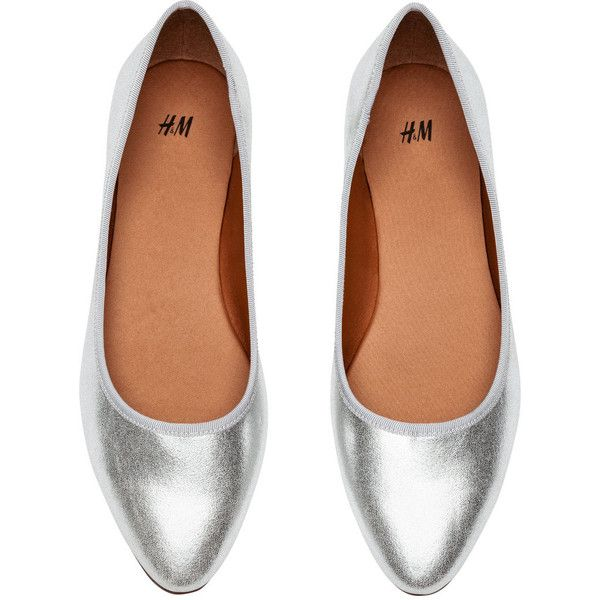 H&M Ballet Flats $7.99 ($7.99) ❤ liked on Polyvore featuring shoes, flats,.  Ballerina ...