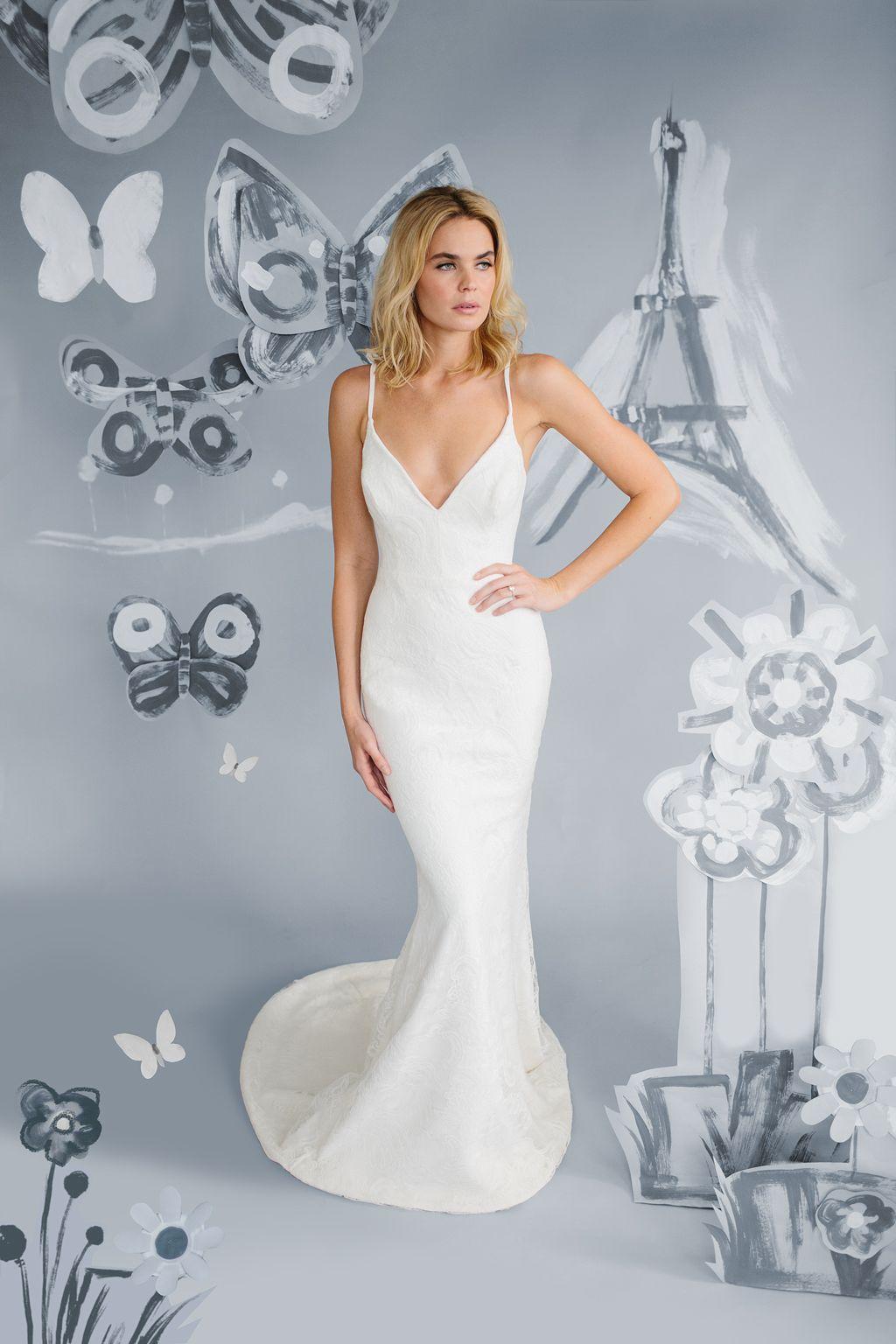 Plunging Neck Line Wedding Dress Genevieve Charleston Sc Gilded