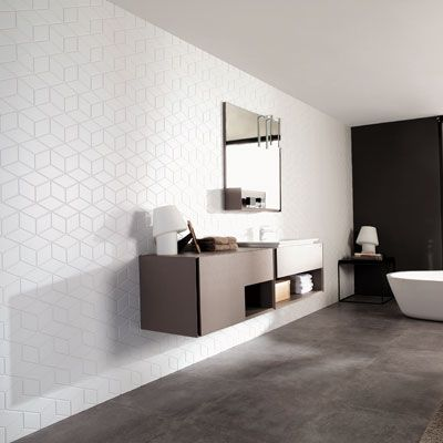 Carreaux De Salle De Bain A Motifs Cubiques Blanc Mat Salle De Bain Design Deco Salle De Bain Idee Salle De Bain