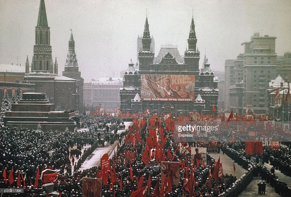 The first Victory Parade on May 1, 1945 in Moscow and the first hero cities 21
