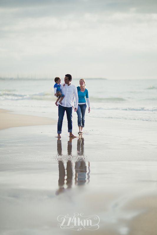 Familiar Con Imágenes Fotos Familiares En La Playa Fotos Familia Playa Sesion De Fotos Familiar