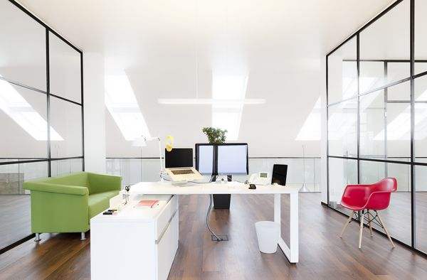 A Spectacular Office With Modern Clean Ious Interior Design Which Inspires Creativity