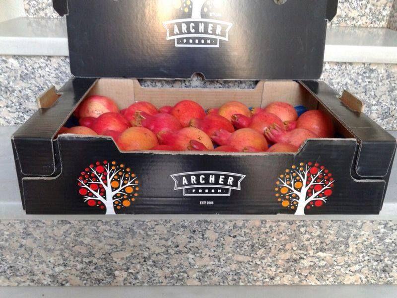 Ya queda menos para disfrutar de las mejores #granadas que se pueden encontrar en el mercado. Una de las #frutas más antioxidantes en www.hermanosmontes.com ¿Que os parece el nuevo envasado?