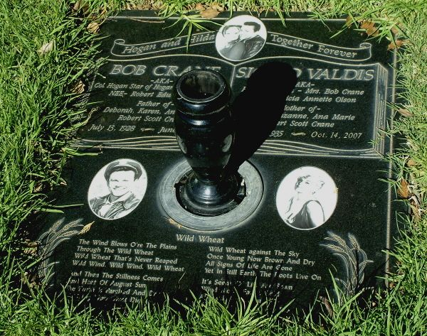 Bob Crane Gravesite Famous Tombstones Unusual Headstones Famous Graves