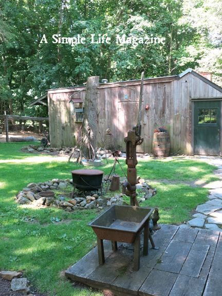2015 summer issue of a simple life magazine home gardens of linda kerlin - Rustic Garden 2015