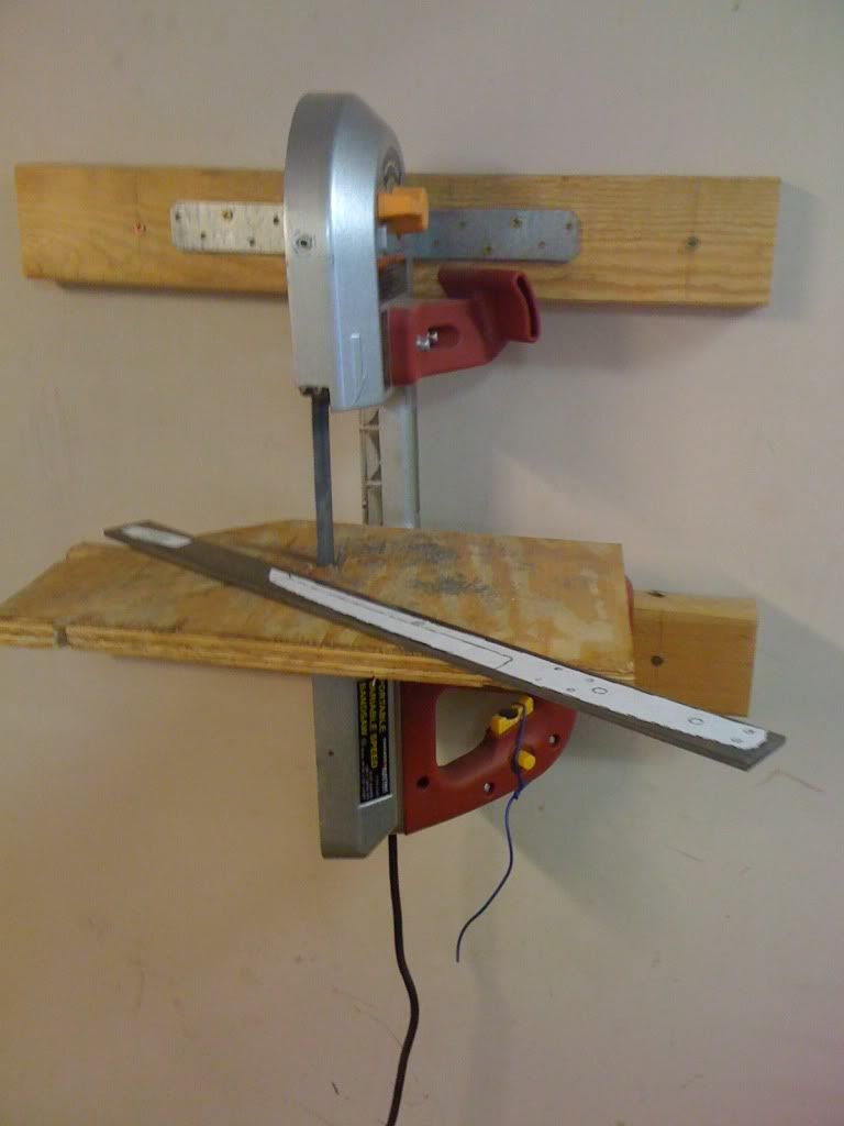 Wall mounted portable band saw. | Shop Made | Pinterest ...