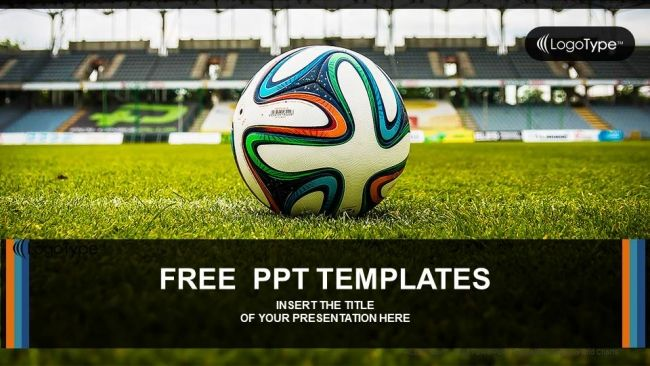 Soccer Ball On Green Grass Powerpoint Templates  Prezentare