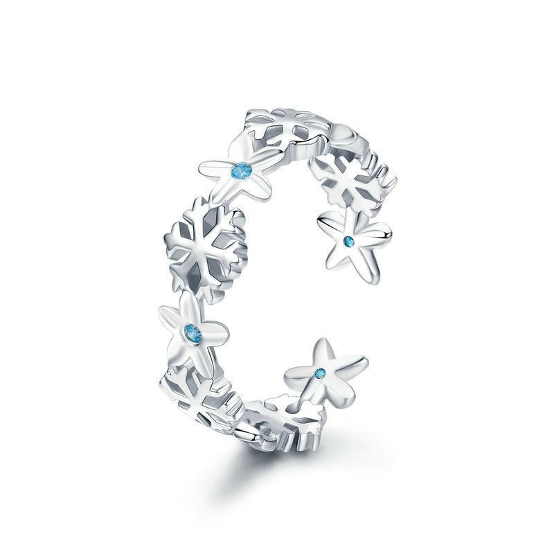 Snowflake shape decorated with Cubic Zirconia, this Snowflake Open Ring is designed for the people who love the nature. And it would make you look elegant and feminine on the winter.   Material:S925 Sterling Silver, Plated Gold, Cubic Zirconia   Size: Width:0.52cm  Weight: About 1.52g