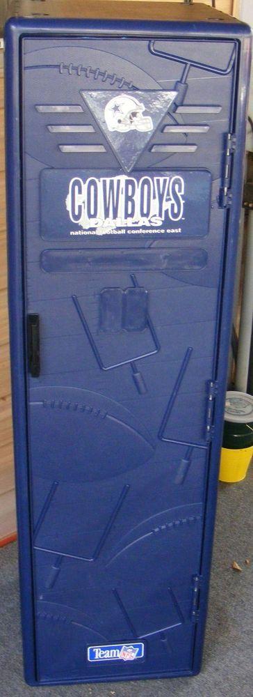 Dallas Cowboys NFL Plastic STORAGE LOCKER Suncast FOOTBALL - Sports locker for kids room