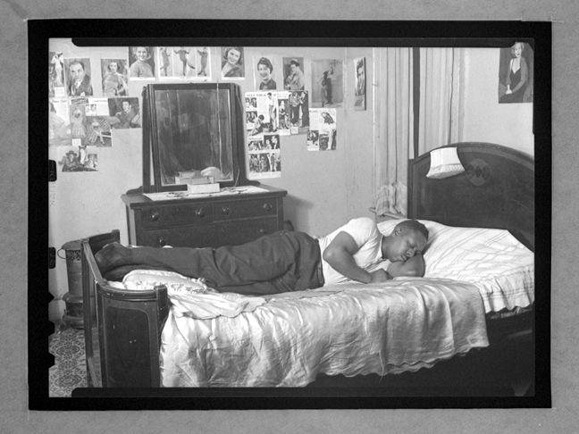 Aaron Siskind  Untitled Ca19401941  Film Photography Interesting Aaron Bedroom Set Design Ideas
