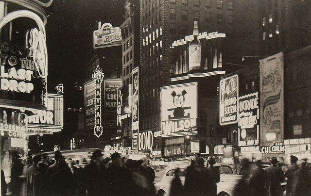 Times Square, 1941