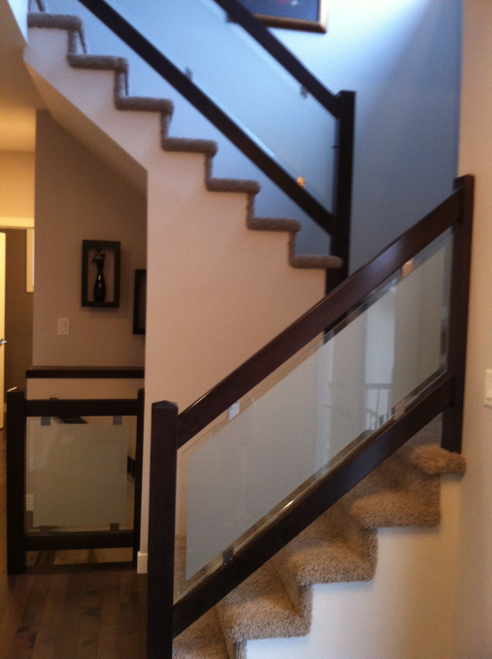Love This Dark Espresso Wood And Frosted Gl Stair Railing