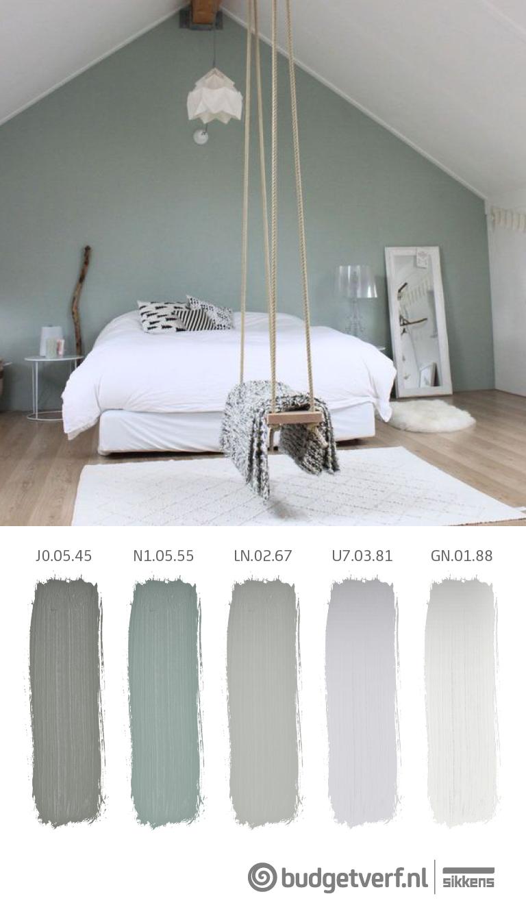 Prachtige rustgevende slaapkamer de combinatie van groen met het